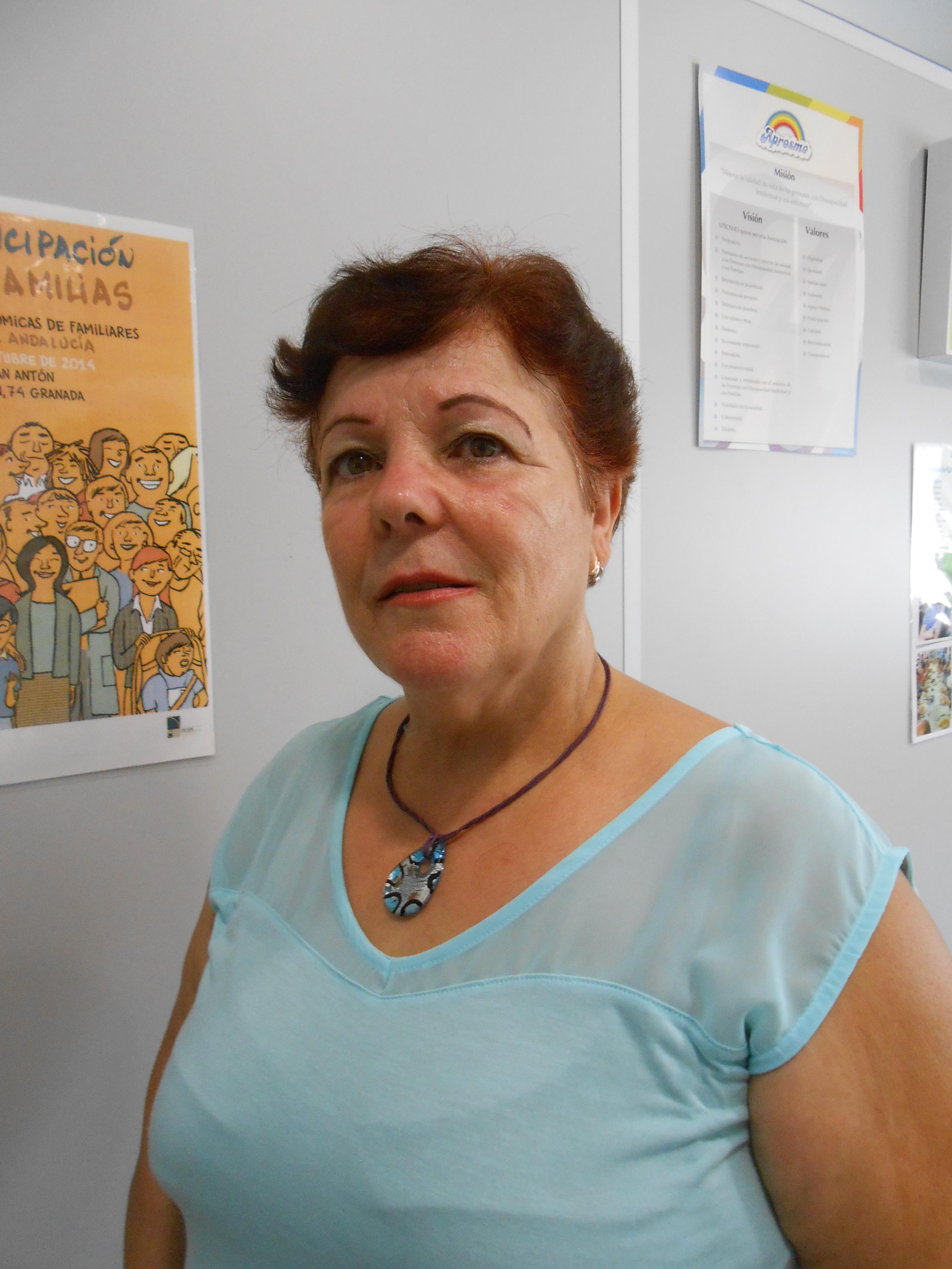 Dña. Mercedes Casas Gallardo