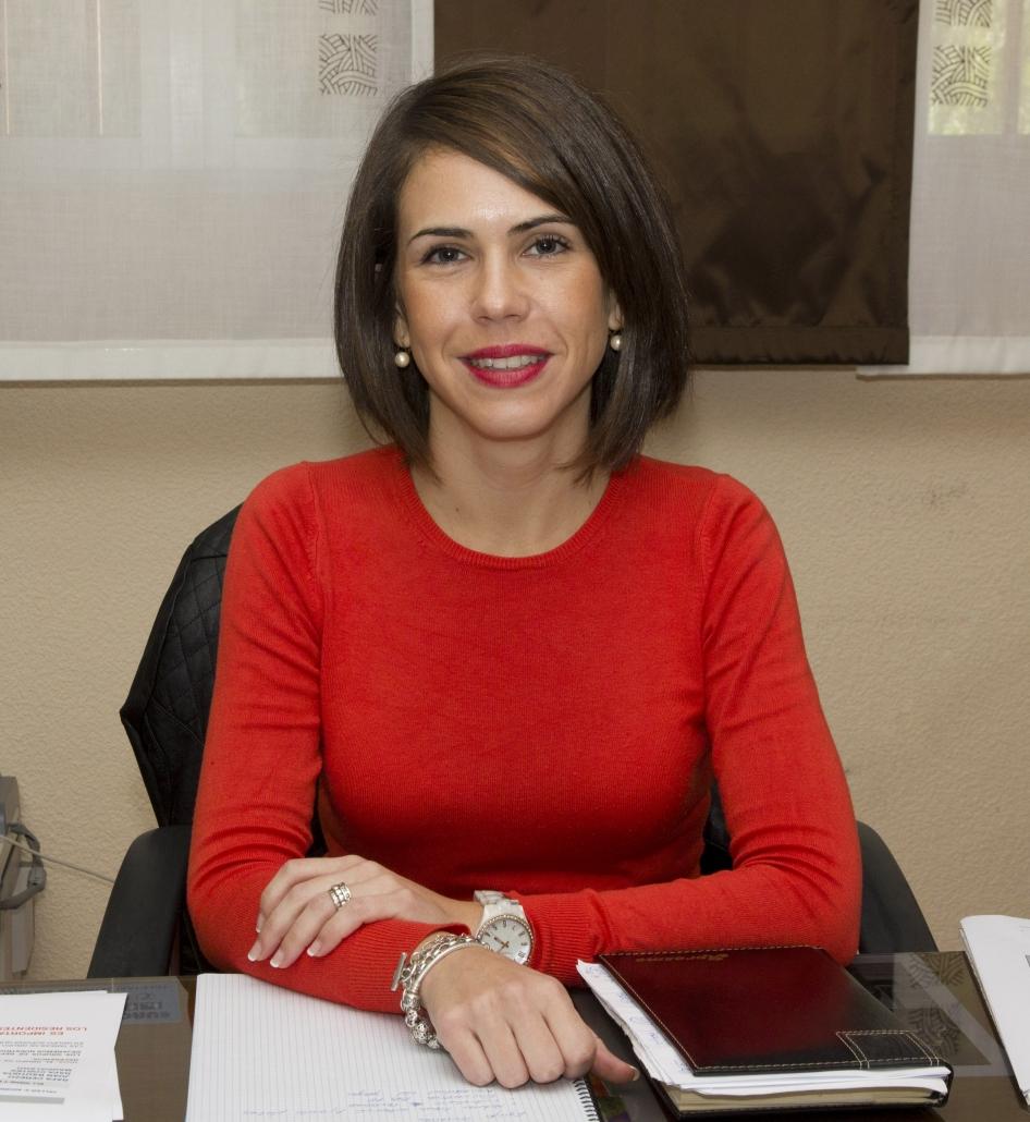 Dña. Aurora Velasco Jiménez